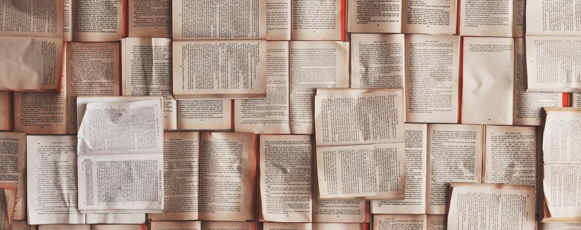 Livres ouverts en patchwork
